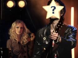 """Das neue Online-Rockstar-Game """"Kiss My AXE"""" verwandelt Jungs in coole Gitarrenhelden. Einfach auf www.kissmyaxe.de ein Foto von sich hochladen, den Namen der Band kreieren und vor dem heimischen Bildschirm mit der Tastatur """"Look Good in Leather"""" – den aktuellen Titelsong der AXE Instinct Kampagne  –  rocken."""