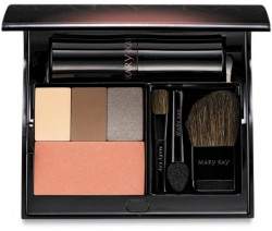 Mary Kay Compact Kosmetik Palette für Unterwegs