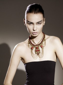 Fiona Paxton Stuart red Model