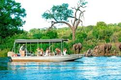 luxury-lodge-botswana-ChobeChilwero-09