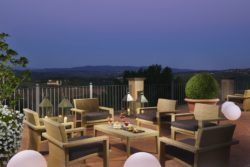 28c Panoramic Terrace by night
